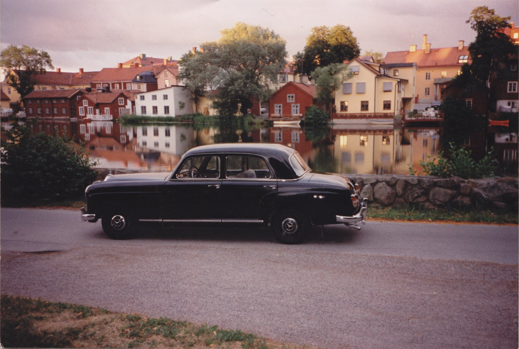 My Mercedes-Benz Typ 219 W105 parked in Eskilstuna, along the Eskilstunaån, the rivver passing the city