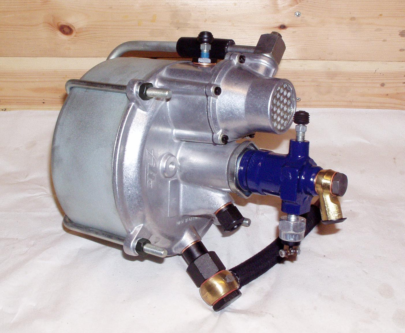A restored ATE T50 brake booster for my Ponton, Mercedes-Benz 219
