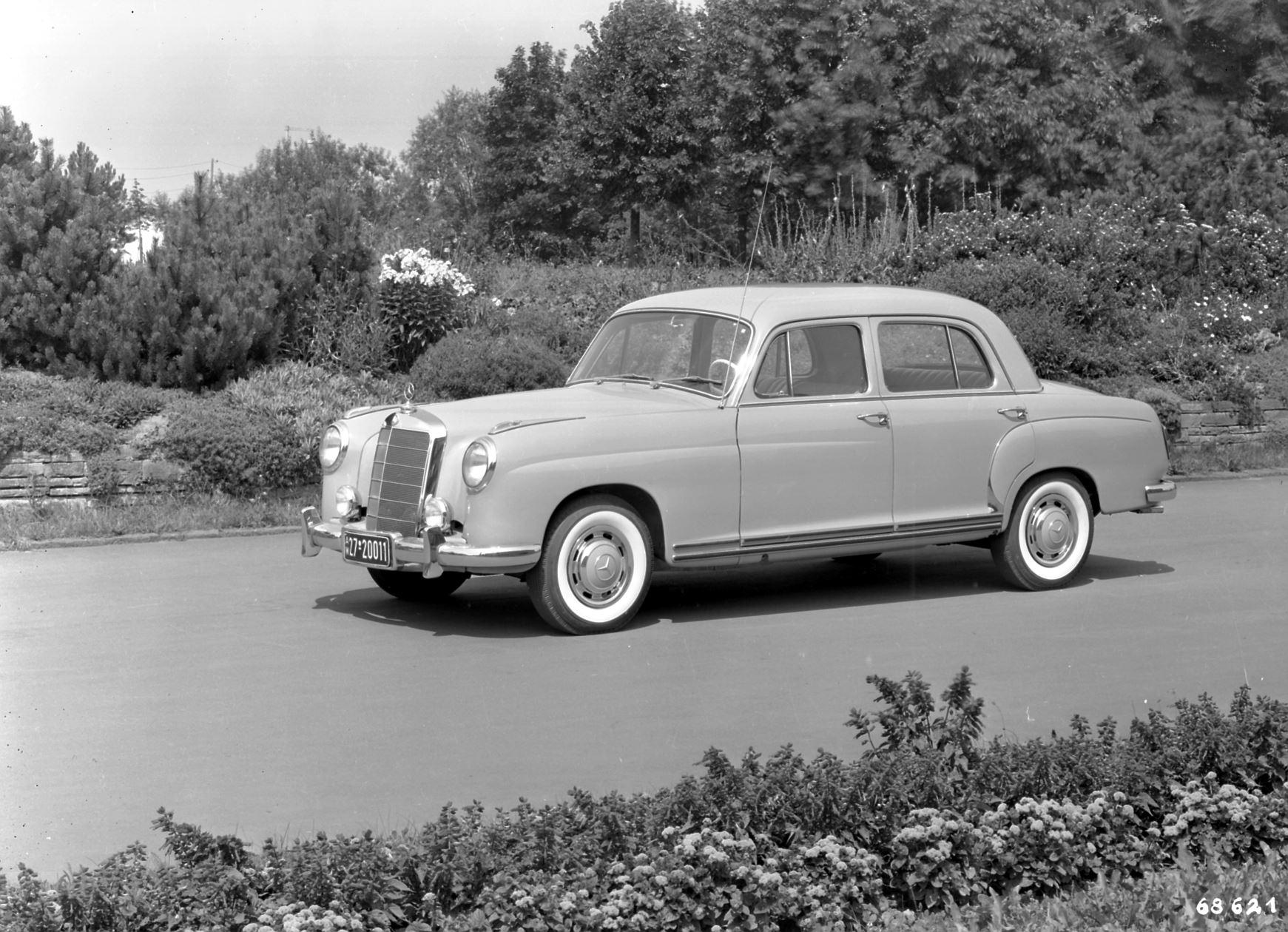 Mercedes benz 219 restoration hood and trunk lid for Mercedes benz restoration